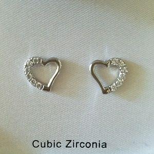 Adorable Stud Heart Earrings